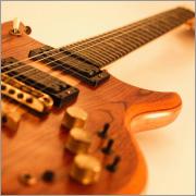 ギター、ベース